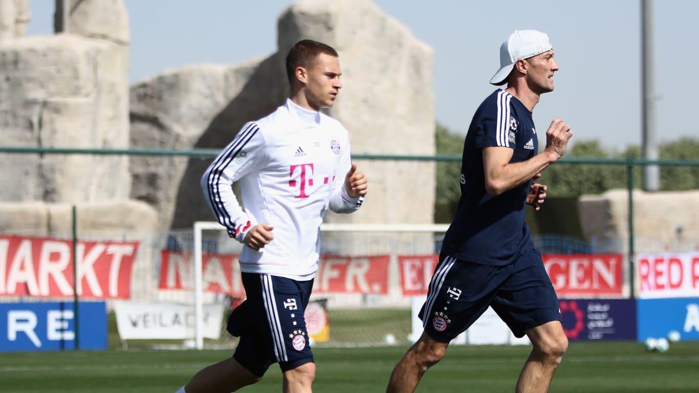 Lewandowski Kimmich Berlatih di Doha Januari 2018