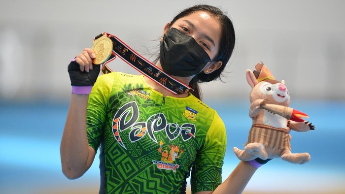Atlet Sepatu Roda Putri Papua Dhinda Salsabila